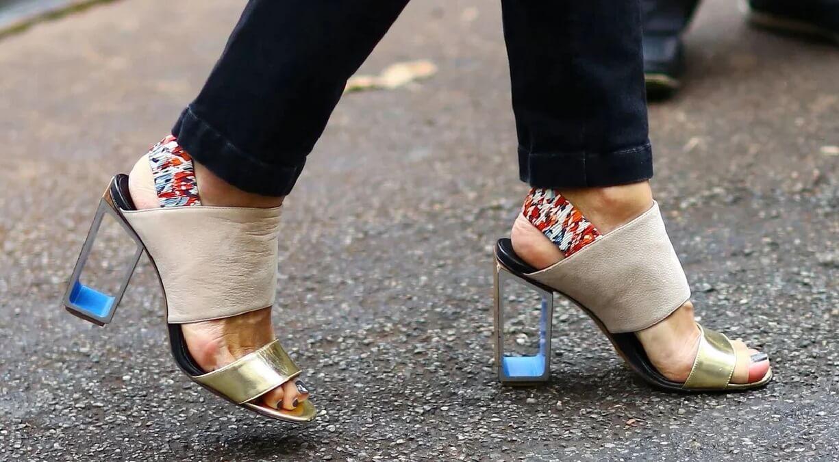 Модные босоножки 2020. Тренды обуви (фото)