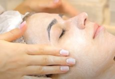 Эффект «подтяжки»: лучшие домашние рецепты масок для лица от морщин