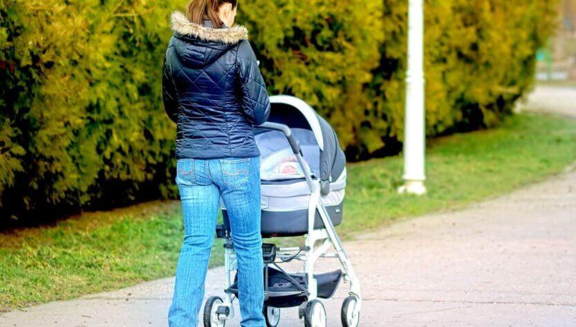 когда можно гулять с новорожденным ребенком на улице