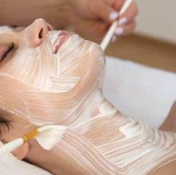 Подтягивающая маска для шеи в домашних условиях. 8 простых рецептов для упругой кожи